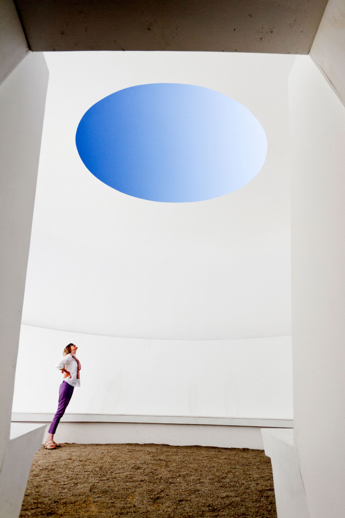 james turrell James turrell 21,312 likes 68 talking about this this is the official james turrell facebook for more information go to jamesturrellcom.